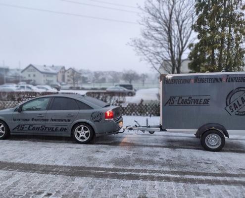 Komplettfolierung und Fahrzeugbeschriftung