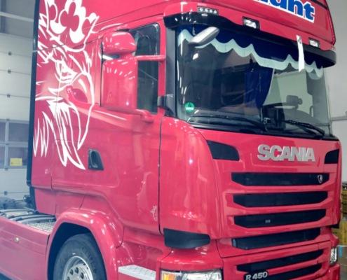 LKW Folierung und Fahrzeugbeschriftung